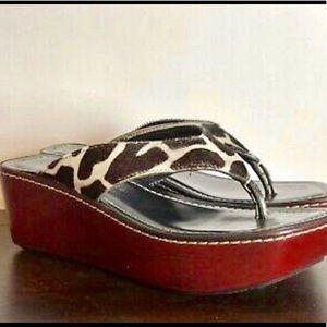 DONALD J PLINER Sassy Thong Sandals